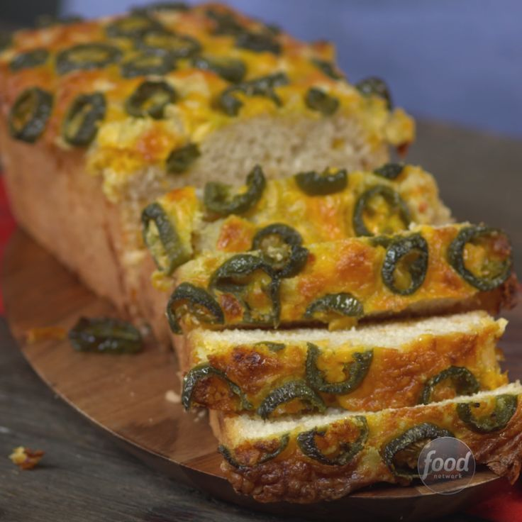 Recipe of the Day: Jalapeno-Cheddar Beer Bread This no-fail recipe uses just a few ingredients, requires no rising time and has tons of savory flavor — oh, and it gives you an excuse to add beer to your grocery list. The cheesy bread comes together easily and complements chilis, soups, salads and more. Cheers!