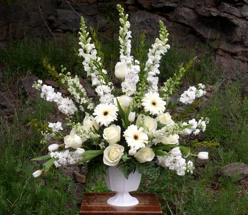 Sympathy Flowers  funeral flowers Wausau, WI florist Trig's Floral and Home www.trigsfloral.com