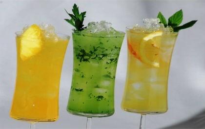 Bu yaz sıcaklarında hem serinletici hem de sağlıklı içecekler içmeniz mümkün.