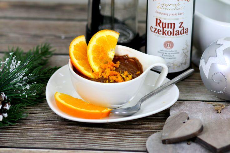 Przepis na Pomarańczową czekoladę https://cosdobrego.pl/przepis-na-pomaranczowa-czekolade/