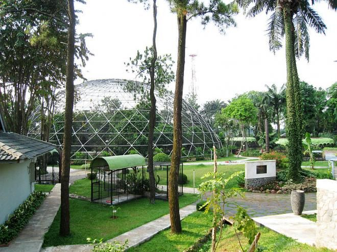 Covesia. com - Pemko Pariaman berencana membangun taman burung di kawasan Pulau Tangah Kota Pariaman yang akan menelan biaya Rp10 miliar. Taman burung ini...