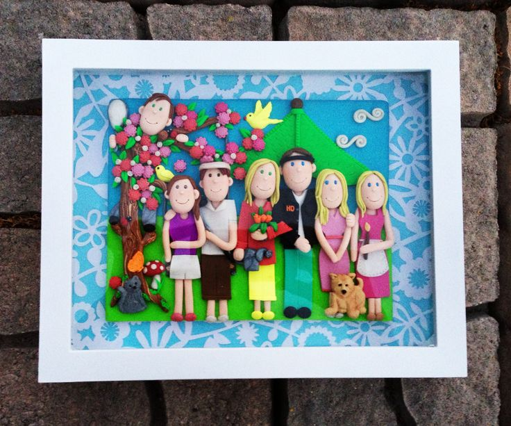 """Just finished another """"Polymer Clay Portrait""""....and fell in love with the family on it! ♥"""