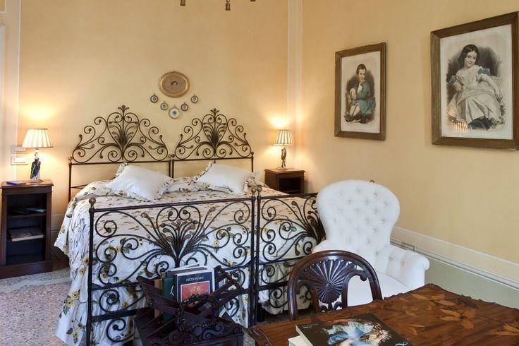 una-delle-stanze-da-letto-matrimoniali