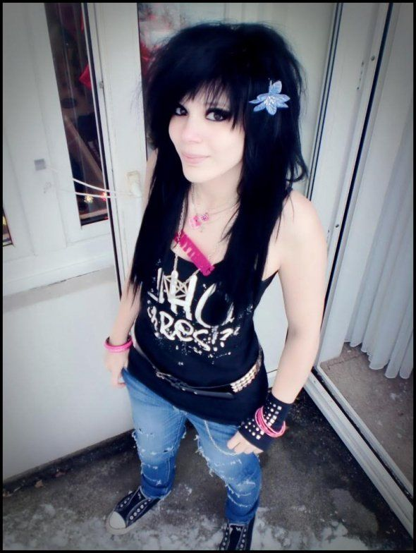 Magnificent 17 Best Ideas About Emo Haircuts On Pinterest Scene Hair Emo Hairstyles For Women Draintrainus