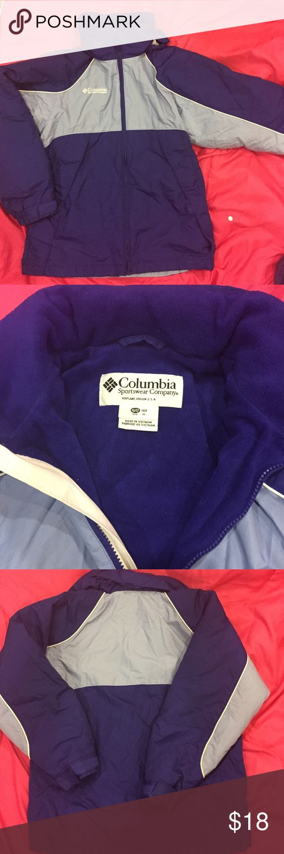 💜Size 10/12 Girls Columbia coat Size 10/12 Girls Columbia coat.  Has a roll up hood.  Cute, cozy, and warm.  Gently pre-owned. Columbia Jackets & Coats