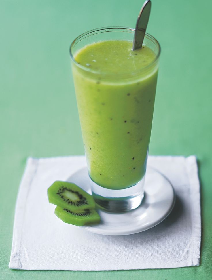 Welcome Spring with Jamie's marathon smoothie! #Avocado #Spring #KiwiFruit #Cucumber