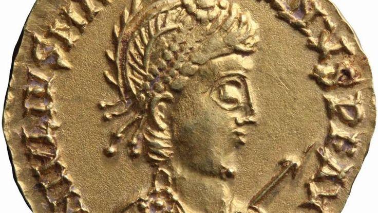 Wetenschappers denken dat de schat rond 460 na Christus is begraven, niet lang voor de definitieve val van het West-Romeinse rijk in 476.