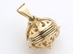 Locket - FILIGREE PHOTO BALL - 9ct Gold