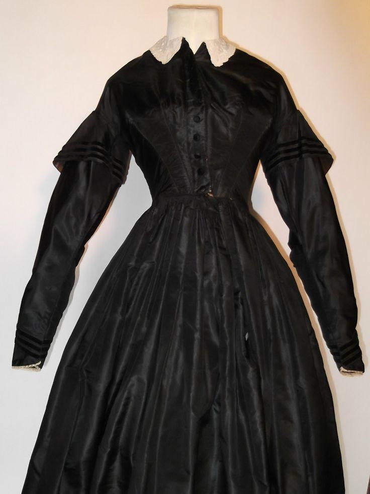 Civil war mourning dresses | American Civil War Era Mourning Dress
