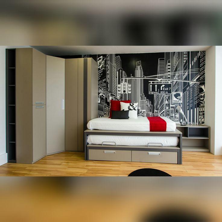Mueble juvenil y moderno de diseño a medida.  WEB: mueblessoluciones.com  Exposición en la nueva tienda de La Floresta.    #muebles #mobiliario #amedida #fabricante #diseño #moderno #libreria#juvenil #matrimonio#oficina #soluciones #mueblessoluciones #zaragoza #tienda #funcional #decor #interiorismo #interiordesign #mobel #design #furniture #decoracion #mobili #deco #igerszgz #igersaragon #zaragoza #zgz #spain #igersspain