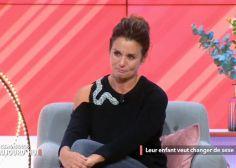 Faustine Bollaert émue aux larmes par le témoignage d'un jeune transgenre
