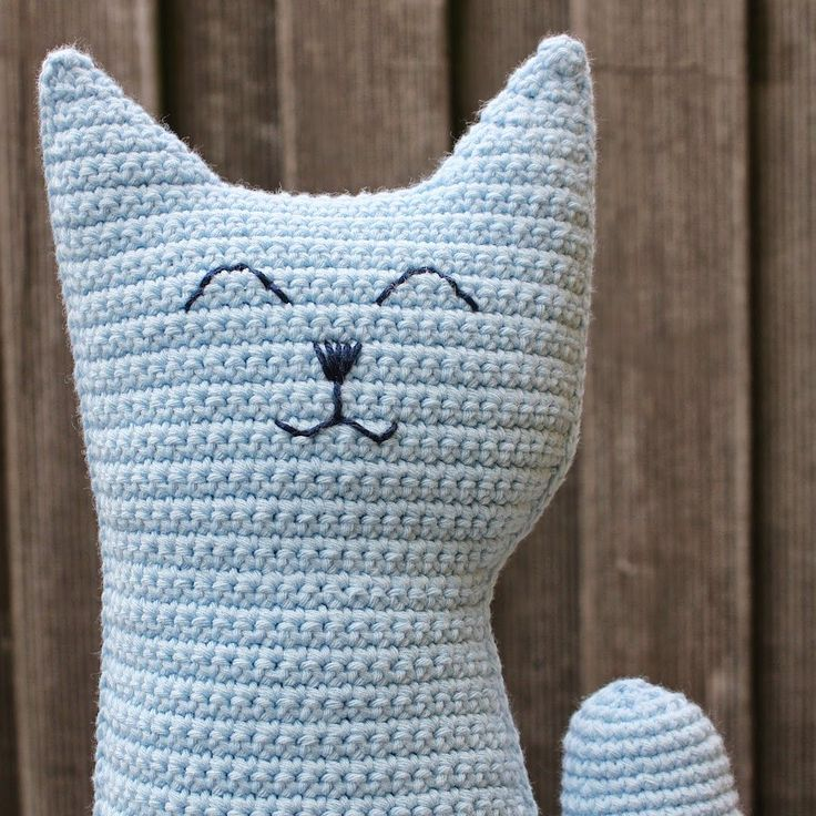 Poes haken | draadenpapier | Gratis patroon van Claudia, Nederlands, amigurumi, knuffel, speelgoed, #haakpatroon, kat