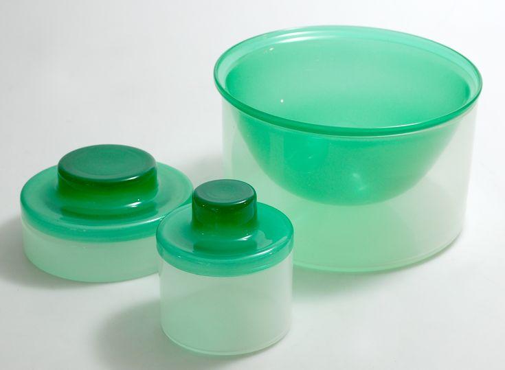 April oppbevaring i glass designet av Willy Johansen for Hadeland Glassverk