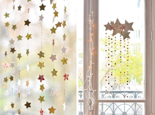 #DIY #Navidad: Móvil de estrellas y papel decorativo o washi: Paper Stars, Stars Mobiles, Decorative Papell, Star, Mobile, Paper Crafts, Stars Garlands, Christmas Stars, Hanging Mobiles
