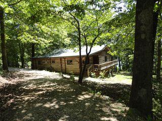 LAKE HOUSE Eureka Springs, AR, USA - Price increase in May $110 - $160