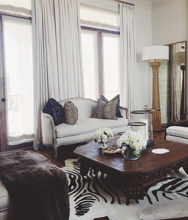 25+ Best Ideas About Zebra Rugs On Pinterest