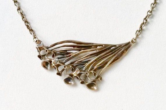 "Hannu Ikonen for Valo-Koru (FI), vintage modernist ""Reindeer Moss"" bronze necklace, 1970s. #finland | finlandjewelry.com"