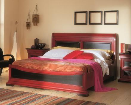 Bakokko classic bed with shaped headboard