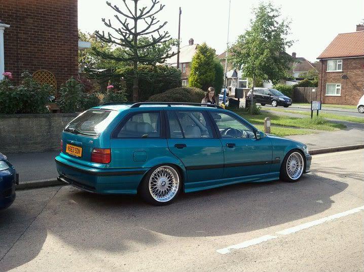 Atlantisblau BMW E36 touring on OEM BMW Styling 5 (BBS RC) wheels
