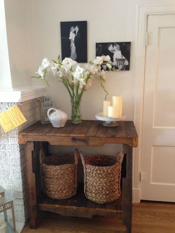 Pallet Console Table. Maybe make the legs shorter for a coffee table with a nice shelf.