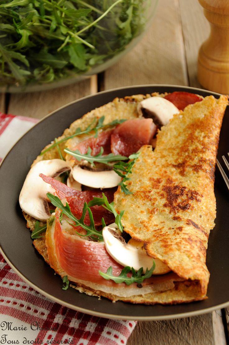 Crêpe gourmande à l'épeautre, son d'avoine et origan, garnie de coppa toastée, parmesan, champignons et roquette