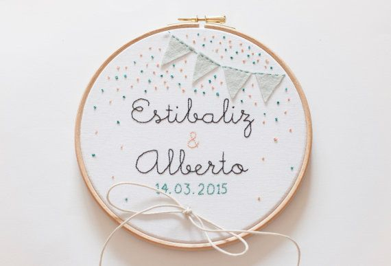 Custom wedding ring pillow made with embroidery hoop.  - Diameter: 7 inch or 8 inch.  - Material: cotton.  - The back is finished with a 100% cotton fabric.