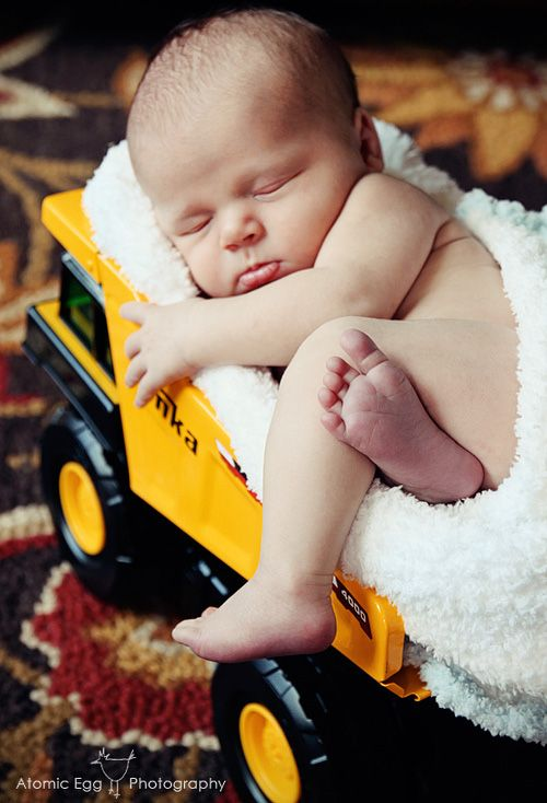 Tonka Truck Newborn Baby Photo @Jennifer Stevenson Newborn boy photo idea Newborn