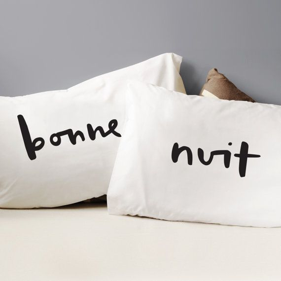 A simple, stylish and bold set of pillow cases that would make the perfect wedding gift, anniversary gift or engagement gift. The French themed