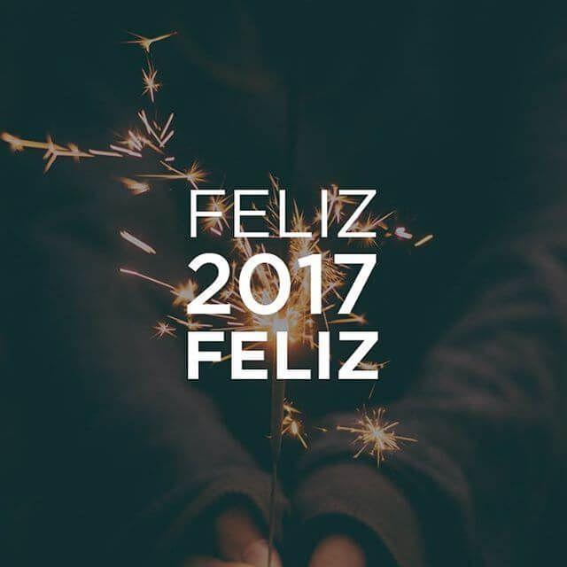UM FELIZ 2017 FELIZ  #FelizAnoNovo +   X