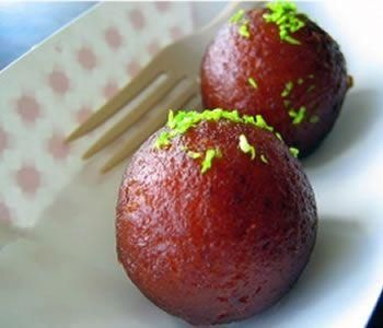 Learn how to cook/make Sweets on Eid (Gulab jamun). Recipe of Sweets on Eid (Gulab jamun) with ingredients and cooking instruction.