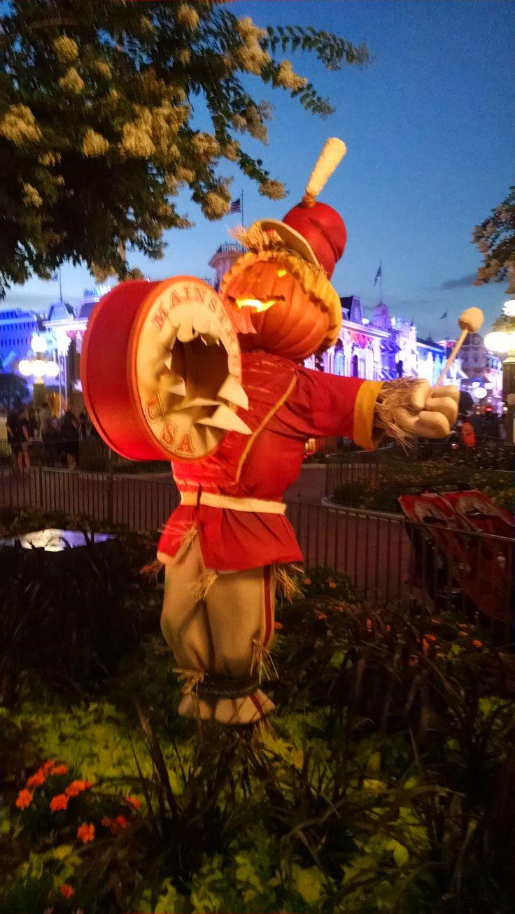 800 best Disney Halloween images on Pinterest