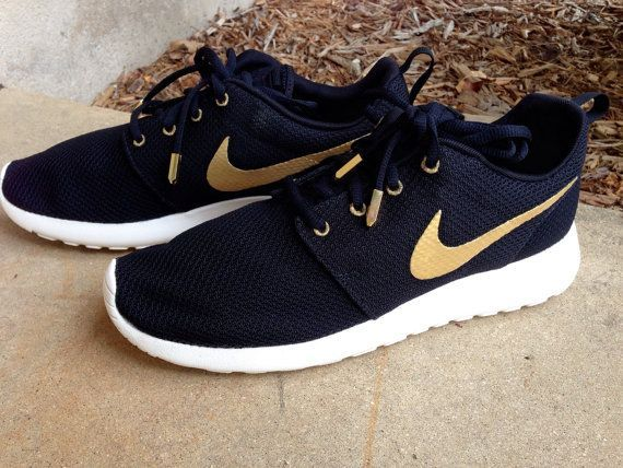 mens nike roshe run speckle gold purple