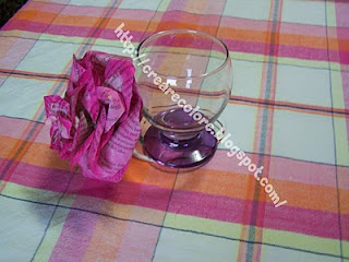 Tutorial Blog & YouTube  Delicate pink to decorate the table, based glasses, gift bags and more.