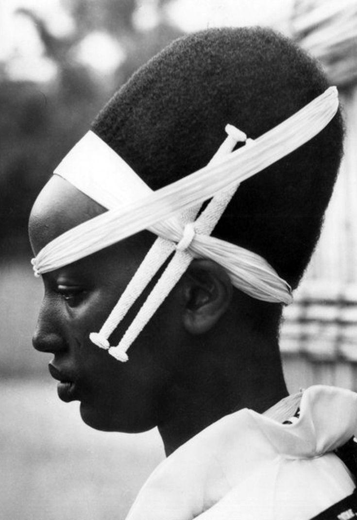 Africa | Watutsi woman.  Dated 1957  || Vintage postcard; publisher ADOX.  Photo Congopresse