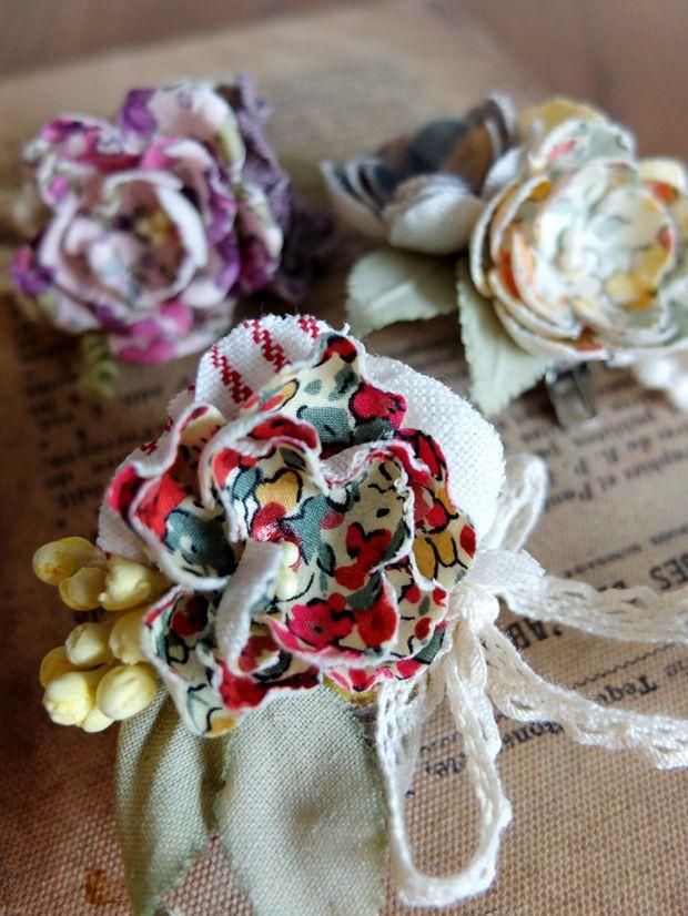 布花...なにげにはやってますよね☆ みちくさでも、お花に関する講座はたくさんあります。  今回ご紹介するのは、「好きな布で作る」という布花です。 専用の布を使うわけではなく、おうちにある、ちょっとした布を使うことができるので、布小物をつくる方や、いろいろ ...