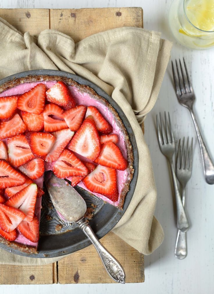 Raw Strawberry Pie from Let Them Eat Vegan - also gluten-free.