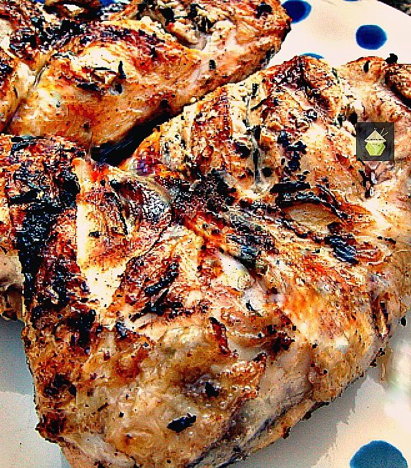 Garlic, Lemon & Tarragon Grilled Chicken. Looking for a good marinade for grilling chicken? Please take a look here.  I also give you good tips of how to get your chicken staying moist and how to prepare it good for the grill! Fresh ingredients to get your meat delicious tasting!