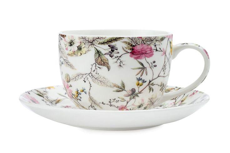 Чашка с блюдцем из костяного фарфора «Цветение» в подарочной упаковке      Бренд: Maxwell & Williams (Австралия);   Страна производства: Китай;   Материал: костяной фарфор;   Объем чашки: 250 мл;          #bonechine #chine #diningset #teaset #костяной #фарфор #обеденный #сервиз #посуда  #обеденныйсервиз #чайныйсервиз #чайный  #чашка #кружка #набор #сервировка #cup #mug #set #serving #tea #чай