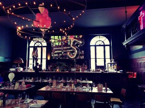 Love is in the air 😍 #TRAUMHOCHZEIT @ Offenburg in der Zauberflöte 👩❤️💋👨 Heute am 09.09. feiern 2 Verliebte und nutzen das Z Restaurant als Event-Location für Ihre Hochzeit , deshalb geschlossene Gesellschaft... Z Bar & Café jedoch ganz normal für Euch geöfnet 💜
