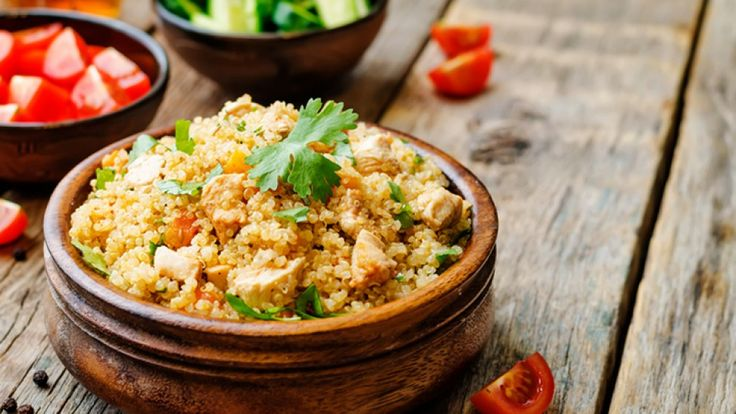 Ingredients  1/2 cup quinoa  1 cup chicken breast, chopped  1/4 cup red bell peppers, diced  1/4 cup tomato, chopped  2 tbsp Greek yogurt  1/4 lemon  dill (optional)