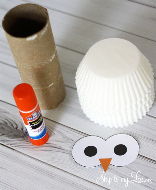 How to make an owl using a cardboard tube and cupcake liners! SO CUTE! by Skip to My Lou
