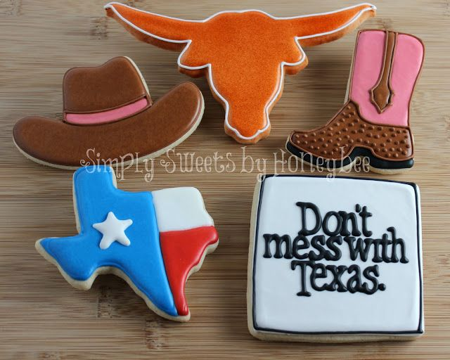 """Don't mess with Texas"" cookies. I'd be tickled pink if I had this cookie cutter set!   #Texas #cookies #baking"