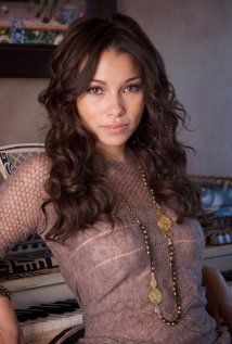 Jessica Kennedy Parker as Maia Roberts