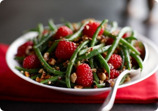 Driscoll's Green Beans and Raspberry Hazelnut Toss www.driscolls.com  #driscolls and #sweepstakes
