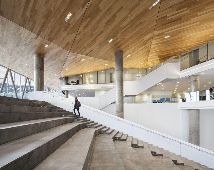 Gallery of Maison des Étudiants de l'ÉTS / Menkès Shooner Letourneaux Architectes - 3