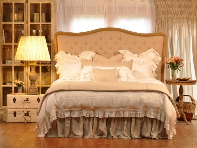 You'll Love These Nine Romantic Bedrooms: Romantic Bedding