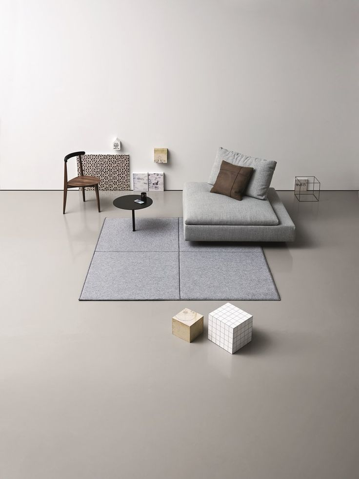 #rug / Coffee Table ONN By Saba Italia Design Umberto Trevisan