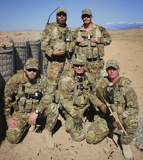 Royal Australian Navy Clearance Diver explosive ordnance technicians at Multi National Base - Tarin Kot, Afghanistan