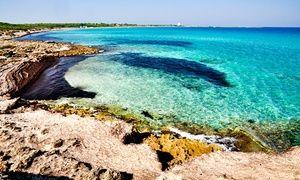 Residence a soli 200 metri dal mare, a 2 km dalla riserva naturale di Lido Pizzo e a 6-8 km dai lidi di Baia Verde e da Gallipoli.