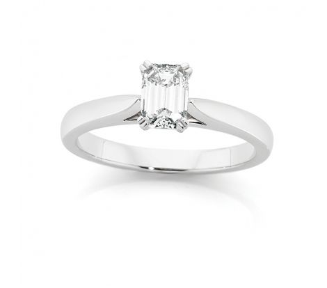 Beautiful CanadianFire Engagement Ring - 18ct Gold 0.70ct Diamond Solitaire Ring